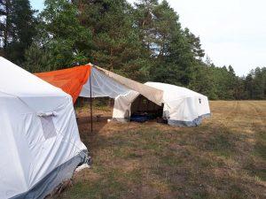 Die Zelte stehen!